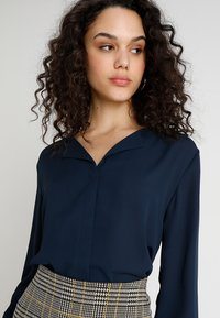 b.young - HIALICE - Button-down blouse - copenhagen night - 3