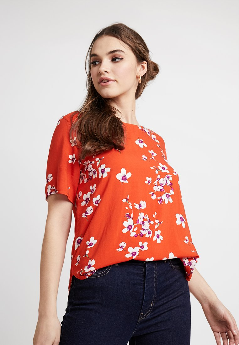 b.young - O NECK BLOUSE - Blusa - red