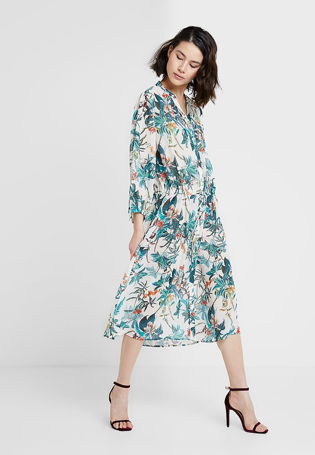 BYFLOREANCE FLOWER DRESS - Vapaa-ajan mekko - off white combi 1