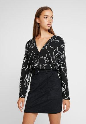 BXILIA BLOUSE - Bluse - black combi