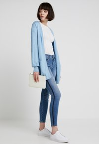 b.young - KATO LIVAN - Jean slim - blue - 1
