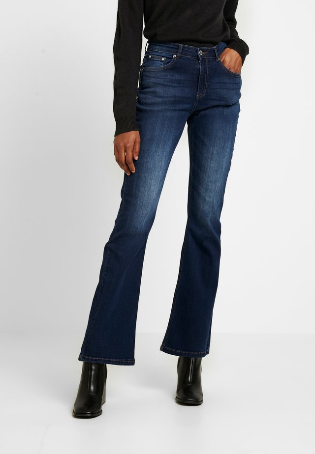 BYLOLA BYLUNI  - Flared Jeans - dark ink