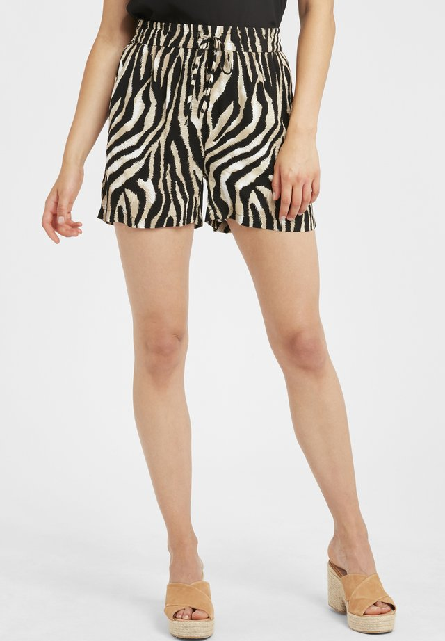 BYISOLE LIGHT WOVEN - Shorts - black combi 7