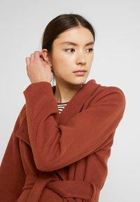 b.young - CIRLINE JACKET BELT - Zimní kabát - dark copper - 3