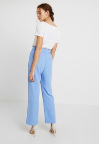 By Malina - HAILEY PANTS - Tygbyxor - miami blue - 2