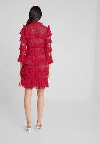 By Malina - CARMINE DRESS - Cocktailklänning - red - 3