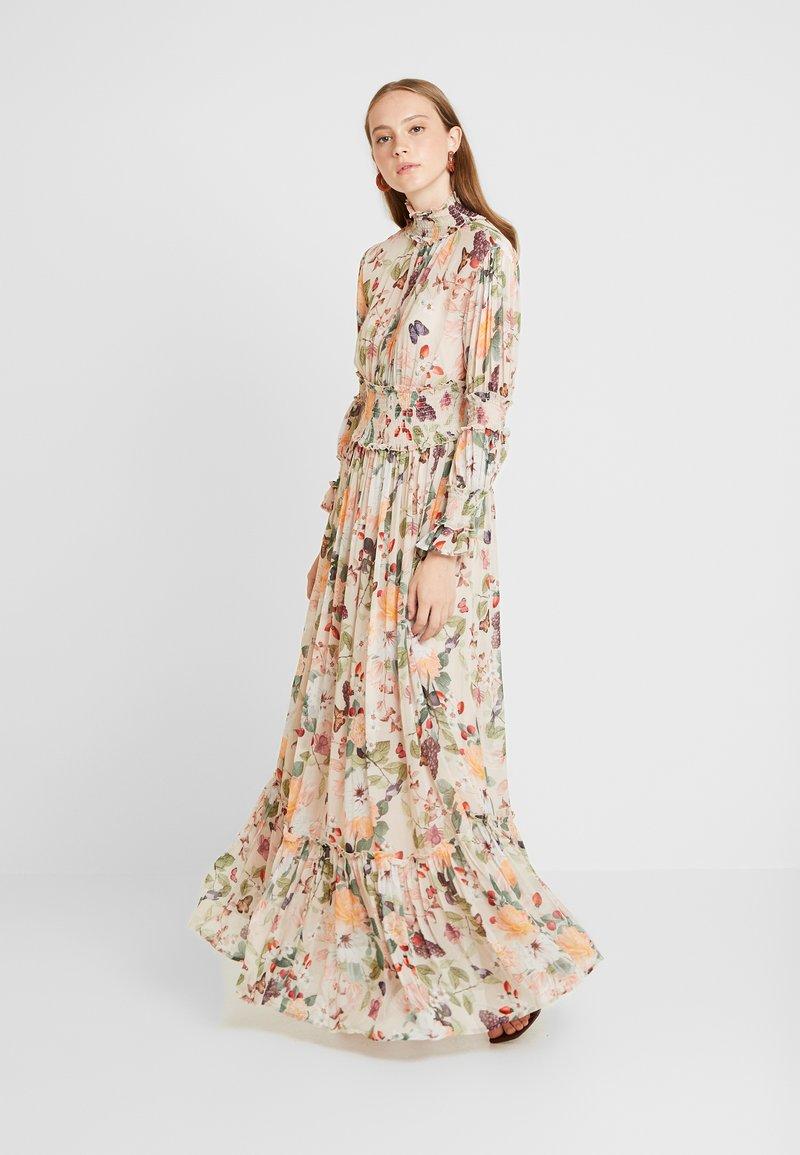 By Malina - ADRIANA DRESS - Ballkleid - sandy blooms