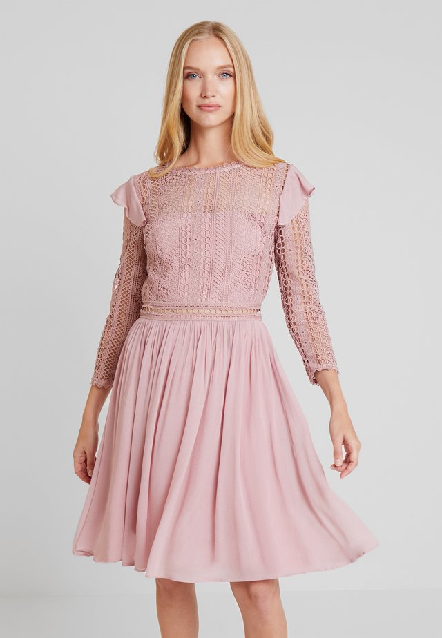 MARILENE DRESS - Cocktailkjoler / festkjoler - rose