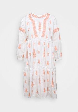 MIMI DRESS - Korte jurk - peach blush