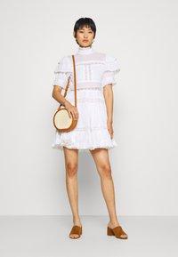 By Malina - IRO DRESS - Hverdagskjoler - white - 1