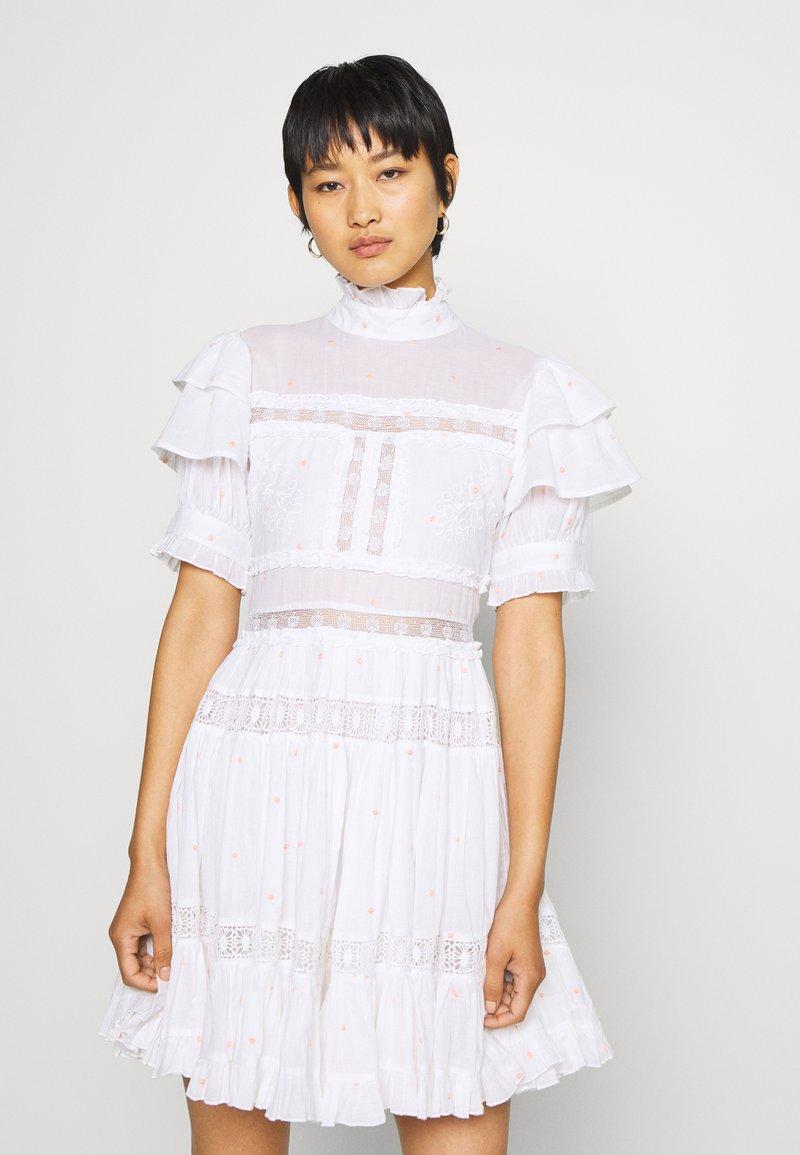 By Malina - IRO DRESS - Hverdagskjoler - white