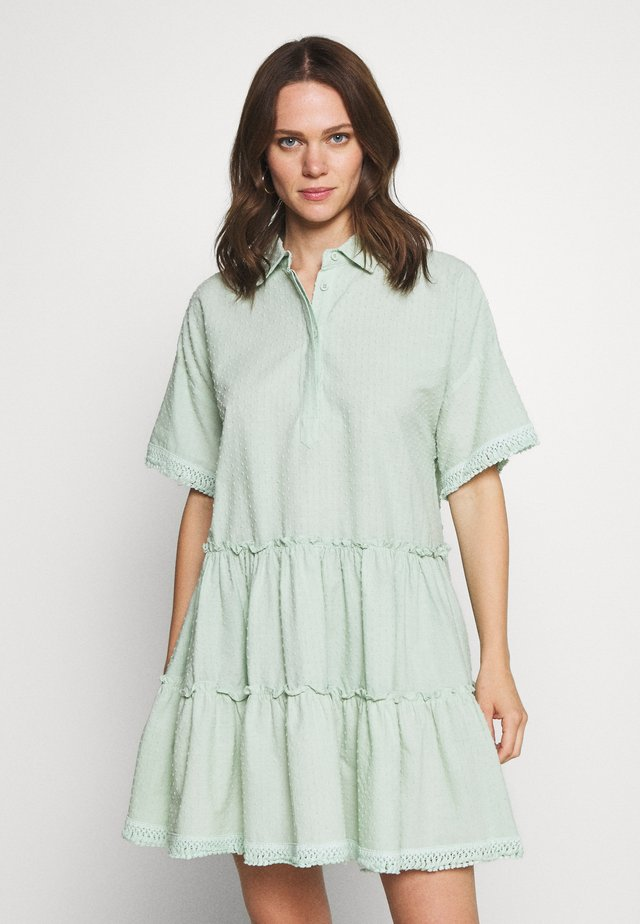 ESTHER DRESS - Skjortklänning - green mist