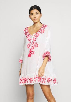 LIA KAFTAN - Korte jurk - pink coral
