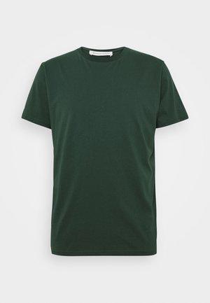 UNISEX THE ORGANIC TEE - T-shirt basic - pine grove