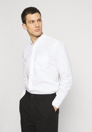 THE ORGANIC MANDARIN - Skjorte - white
