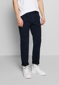 BY GARMENT MAKERS - THE PANTS - Chino kalhoty - navy blazer - 0
