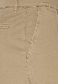 BY GARMENT MAKERS - THE PANTS - Chino kalhoty - khaki - 2