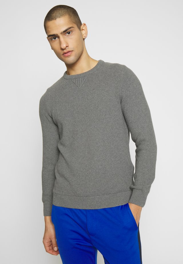 THE WAFFLE  - Strickpullover - light grey
