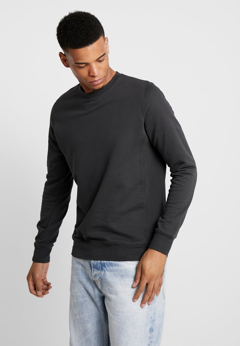 BY GARMENT MAKERS - THE ORGANIC LOOSE FIT - Sweatshirt - anthracite
