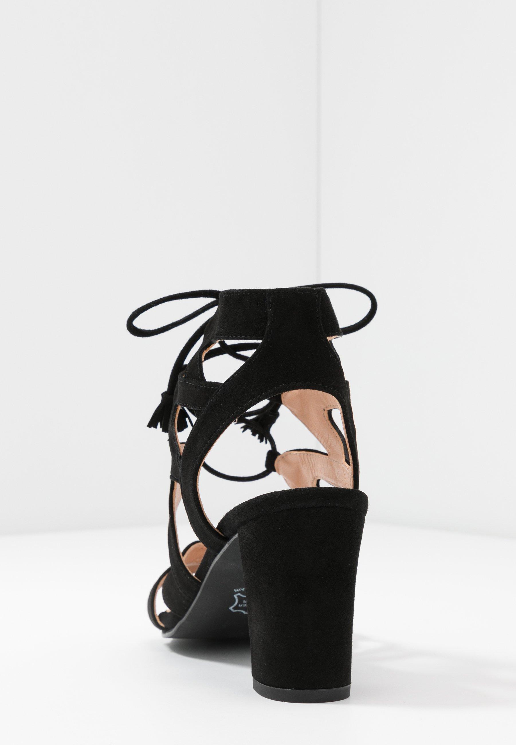 Brenda Zaro Portu - Sandals Black