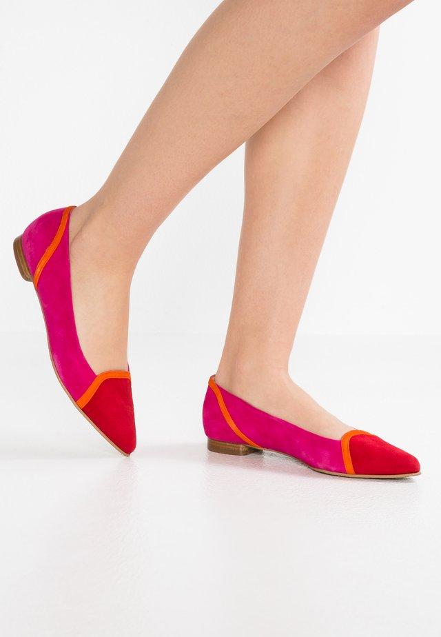 LUNA - Ballerinaskor - tristan red/naranja fluo/pink ray