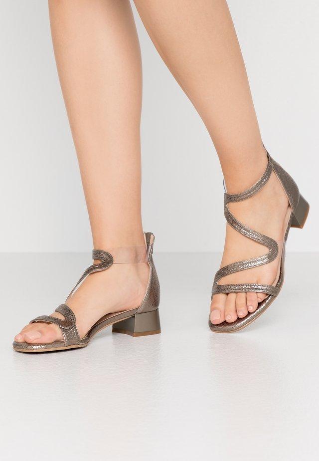 ZOE NEW - Sandals - vulcano stone