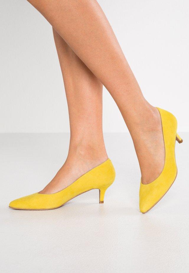 ELISA - Avokkaat - dazzling yellow