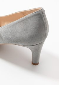 Brenda Zaro - BENETT - Classic heels - siberia - 2