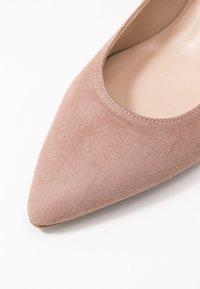 Brenda Zaro - ELISA - Classic heels - nude - 2