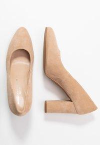 Brenda Zaro - BIBI - High heels - cen camel - 3