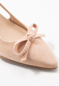 Brenda Zaro - BENETT - Classic heels - pale - 2