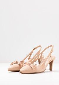Brenda Zaro - BENETT - Classic heels - pale - 4
