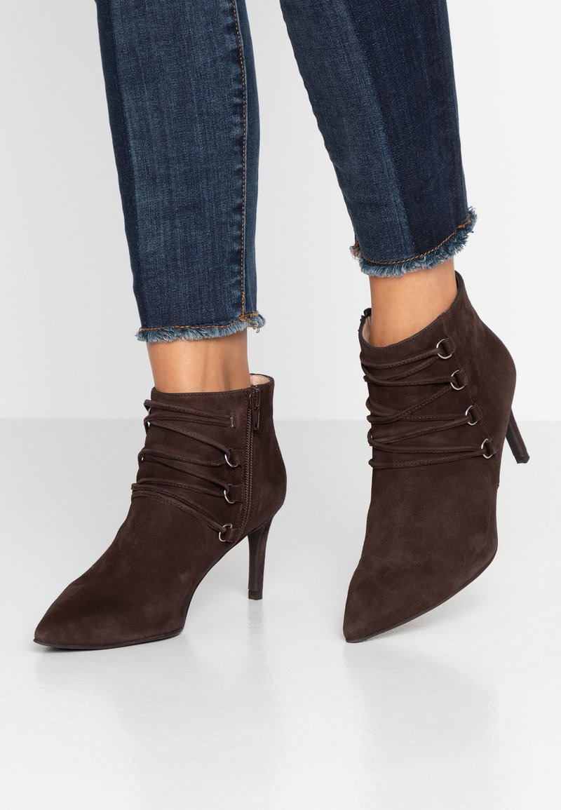 Brenda Zaro - AFRICABO - Ankle boots - chocolate
