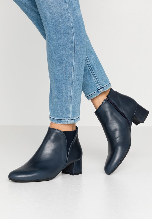 LAGOPAT - Ankelboots - dylan blue