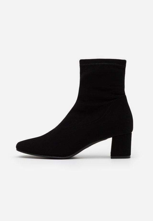 REBECCA - Bottines - black