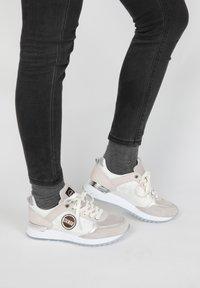 Colmar - SNEAKER TRAVIS PRIME - Sneaker low - light grey - 0