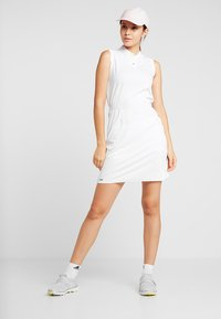 Colmar - DRESS - Jerseykjoler - white - 1