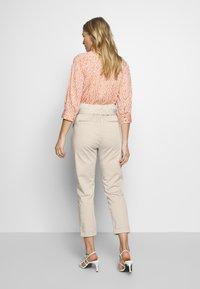 Cartoon - Trousers - pastel sand - 2
