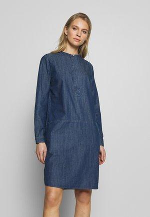 Spijkerjurk - middle blue