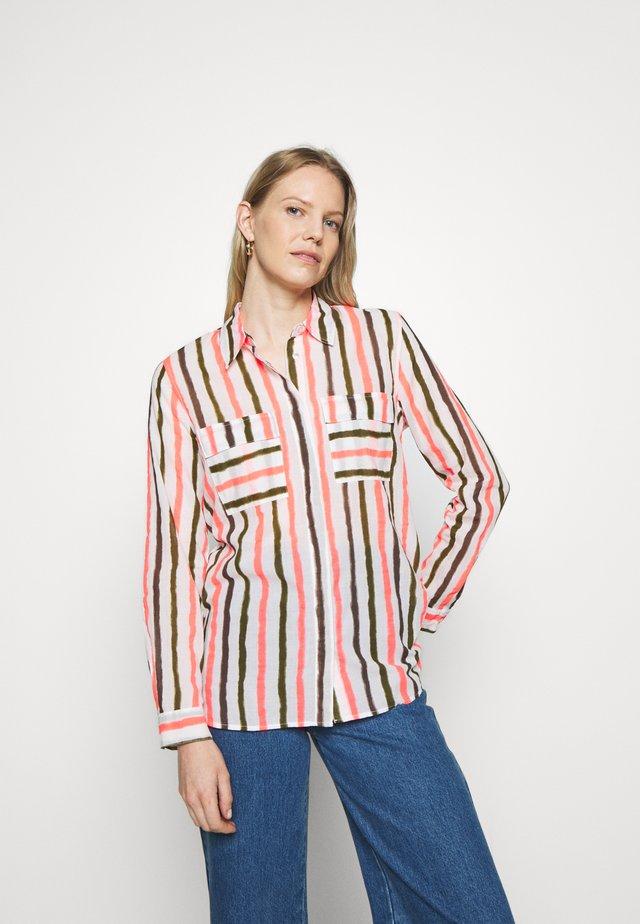 Button-down blouse - white/pink