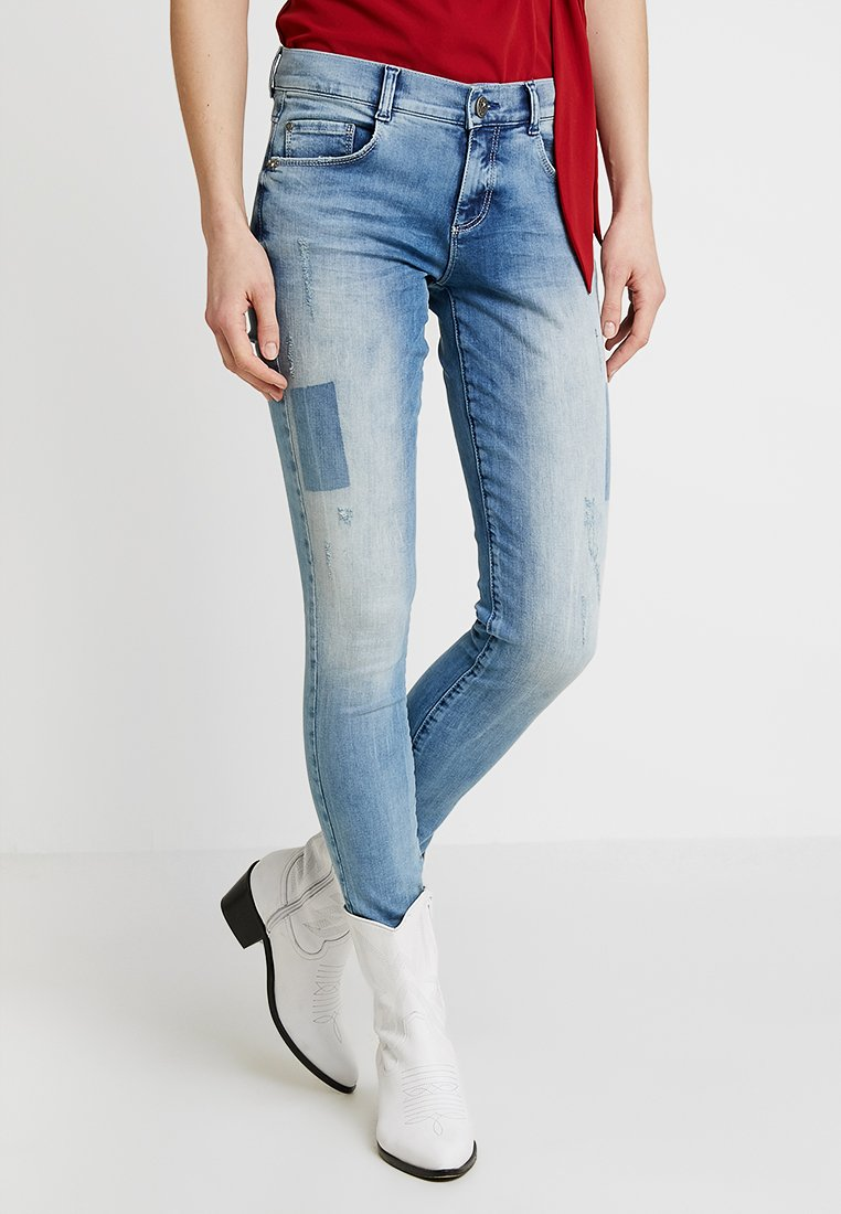 Cartoon - Slim fit jeans - light blue denim