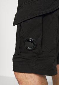C.P. Company - BERMUDA - Shorts - black - 3