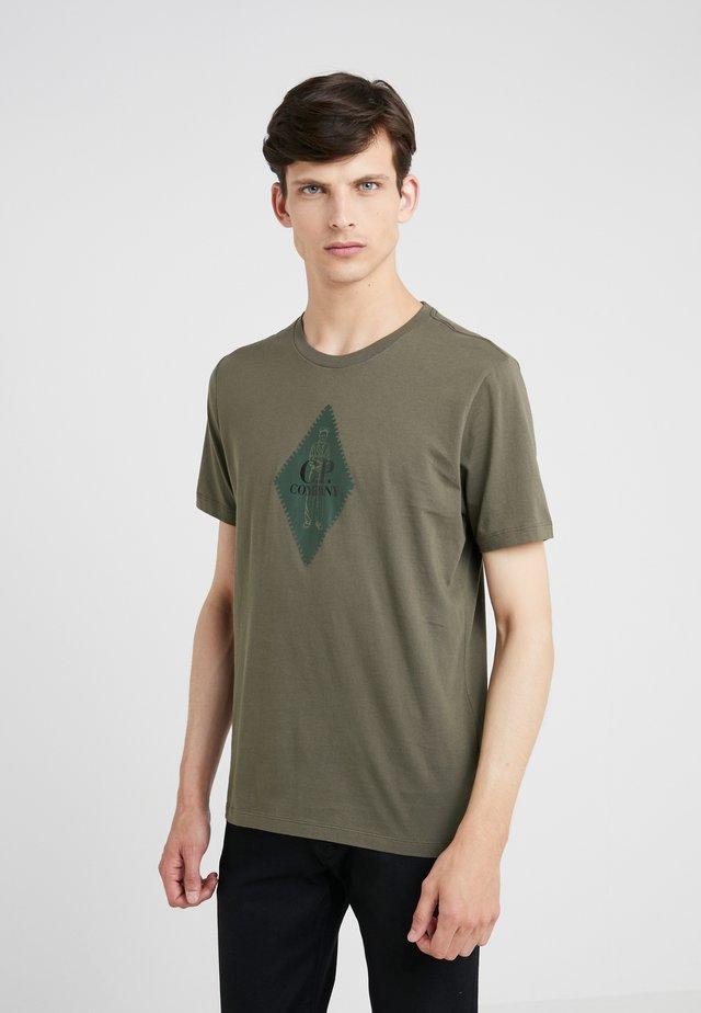 LOGO SHORT SLEEVE - Print T-shirt - dark olive