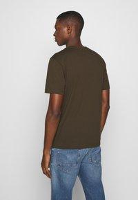 C.P. Company - LOGO T-SHIRT - Print T-shirt - green - 2
