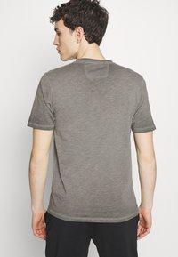 C.P. Company - Print T-shirt - black - 2