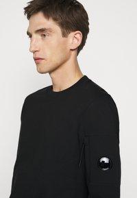 C.P. Company - CREW NECK - Sweatshirt - black - 4