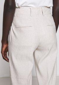 Club Monaco - HADARAHH PANT - Pantaloni - beige - 6