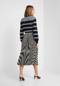 Club Monaco - ANNINA SKIRT - A-snit nederdel/ A-formede nederdele - black stripe - 2