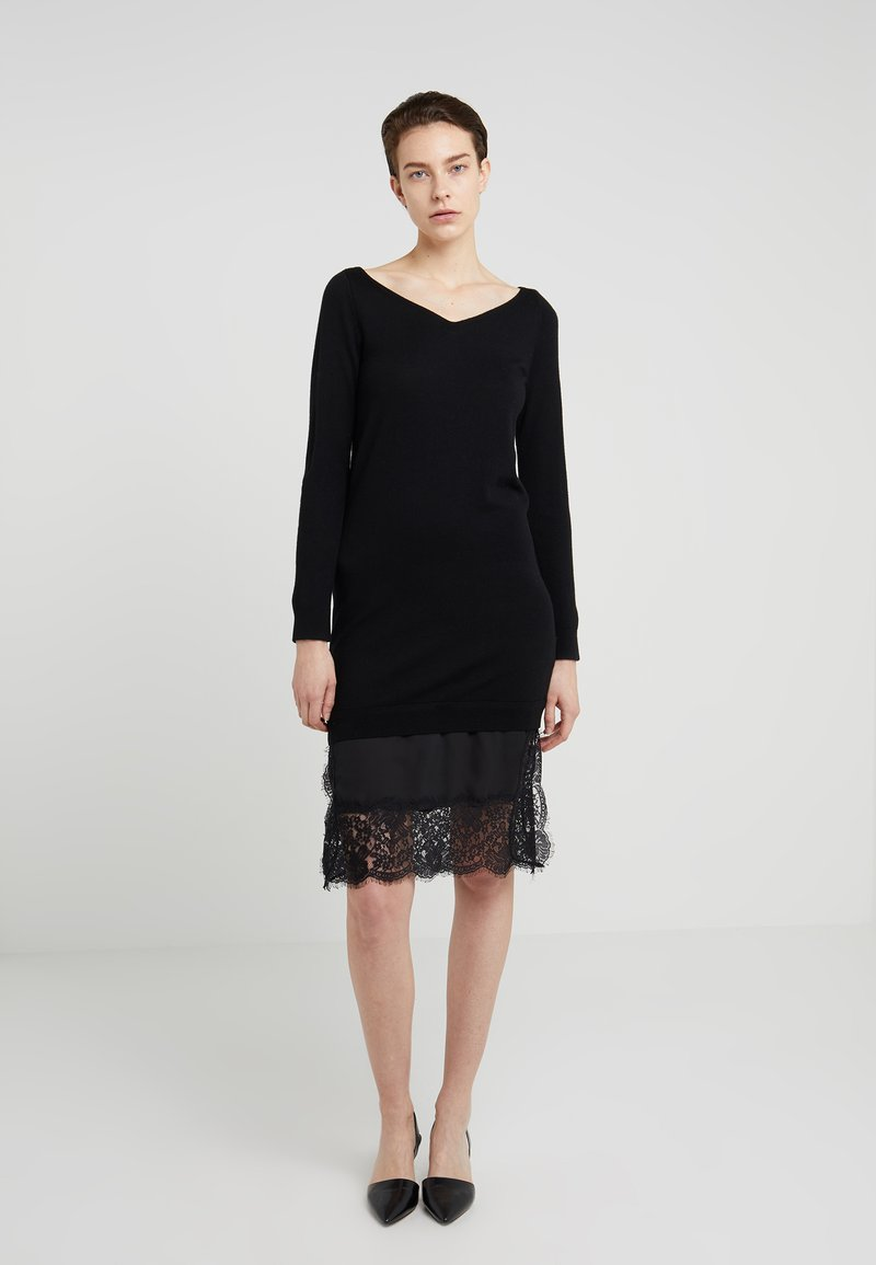 Club Monaco - TAMILA DRESS - Strickkleid - black