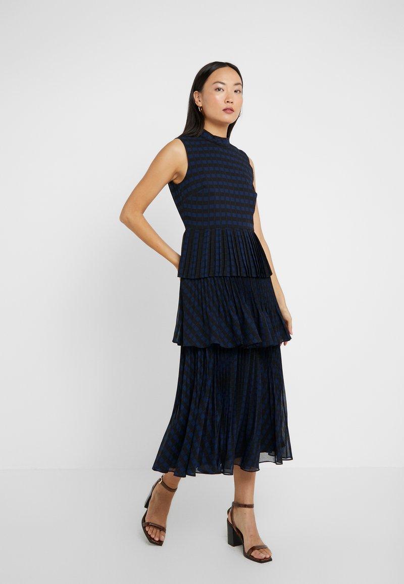 Club Monaco - JUBILEEZA DRESS - Cocktailklänning - black